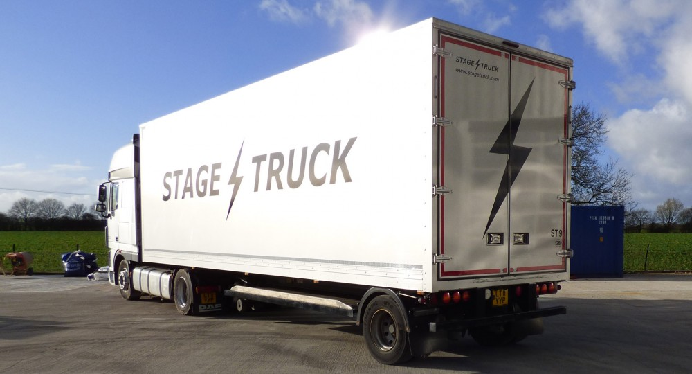 Stagetruck 30ft trailer rear