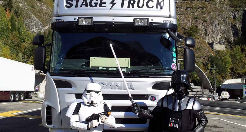 Stagetruck delivering across France