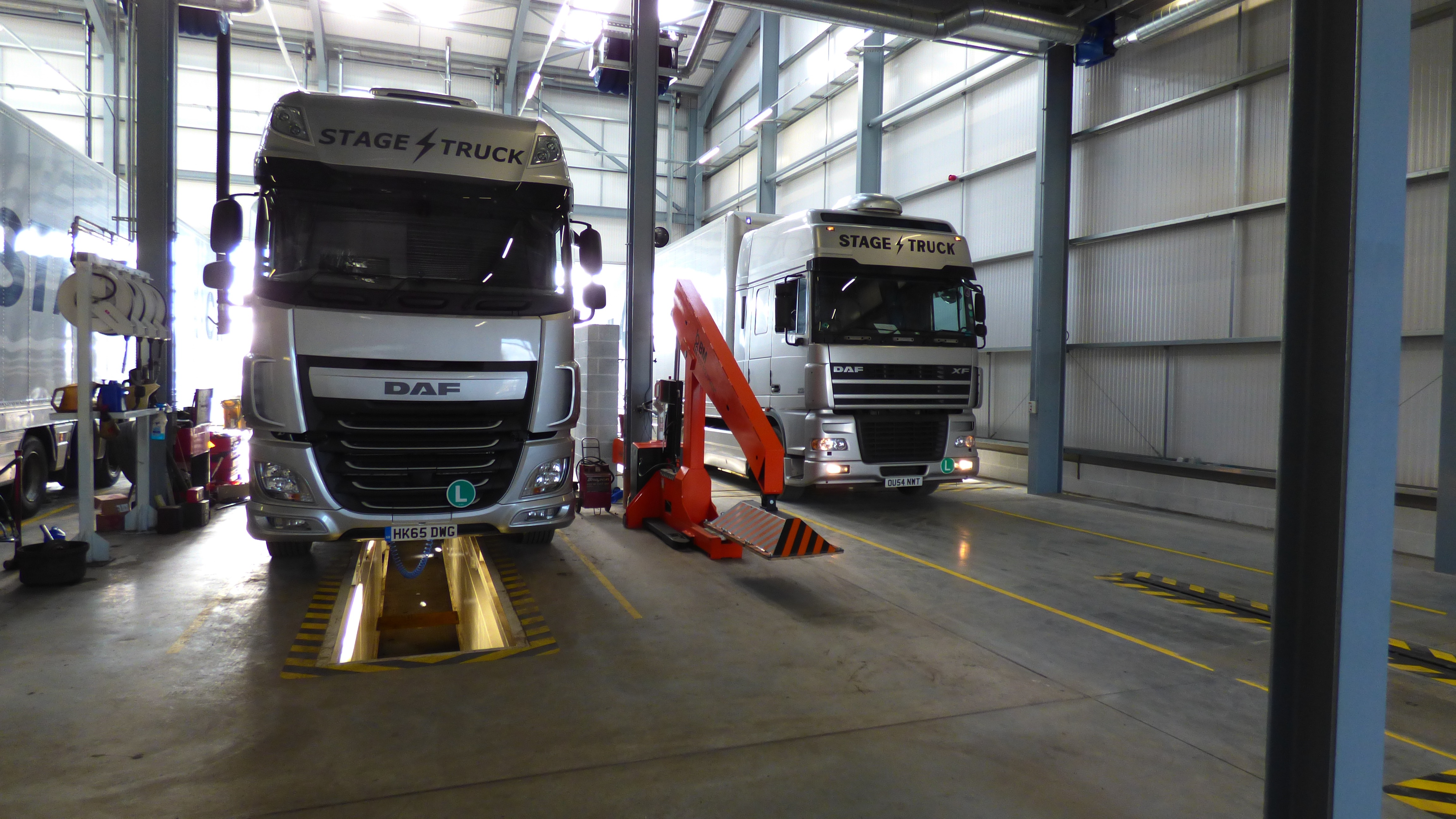 Stagetruck S Workshop With Full Atf Facilities Stagetruck